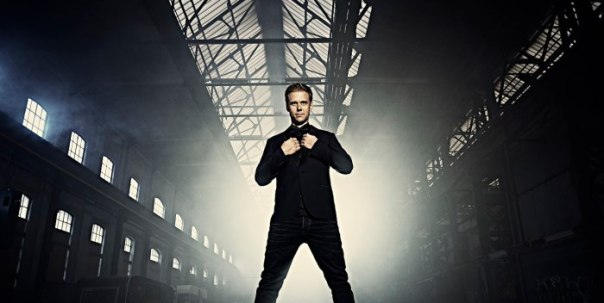Armin-van-Buuren-700x352