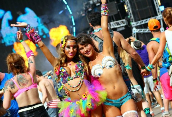 the-ladies-of-ultra-music-festival-2014